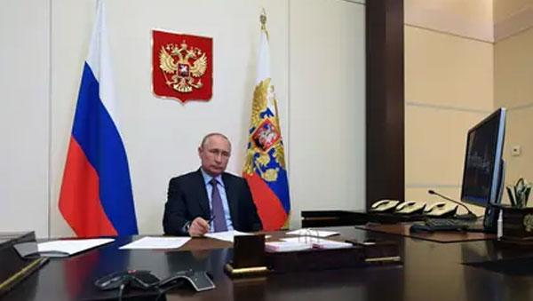 """""""Un lobo viejo y enfermo"""": Vladimir Putin comienza a sufrir las consecuencias de la pandemia de coronavirusRusia se convirtió en el segundo país con más contagios con más de 250 mil pacientes de COVID-19. Ahora, el presidente enfrenta una ola de críticas.      cubademocraciayvida.org                                                                                                                           web/folder.asp?folderID=136"""