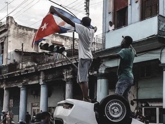 11 DE JULIO, EL DESPERTAR DE LOS CUBANOS. Por el Doctor Alberto Roteta Dorado.              CubaDemocraciayVida.ORG                                                           web/folder.asp?folderID=136