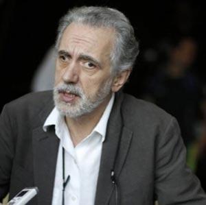 """Fernando Trueba: """"El sistema político que hay en Cuba es insoportable, un castigo para el pueblo cubano de más de medio siglo que debería haberse terminado hace ya muchos años, dijo el cineasta español""""...  web/folder.asp?folderID=136"""