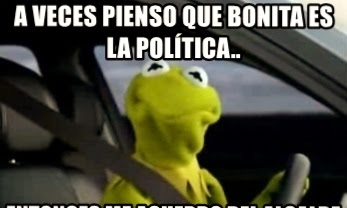 """""""A mí en Cuba no me gustaba la política, pero yo si le gustaba a ella"""".     CubaDemocraciayVida.org                                                                               web/folder.asp?folderID=136"""