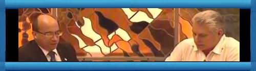 CUBA VIDEO: Miguel Díaz Canel, el Presidente usurpador e ilegal de Cuba que nadie del pueblo lo votó, dice que suspende los vuelos de entradas a Cuba a partir del próximo martes 24 de marzo. Video de la Mesa Redonda subido a YouTube por Guillermo Milán. cubademocraciayvida.org web/folder.asp?folderID=136